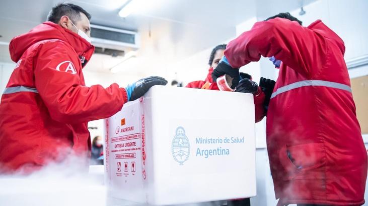 Entre hoy y mañana se distribuirán en todo el país 1.536.000 dosis de Sinopharm: Misiones recibe 43.200 vacunas