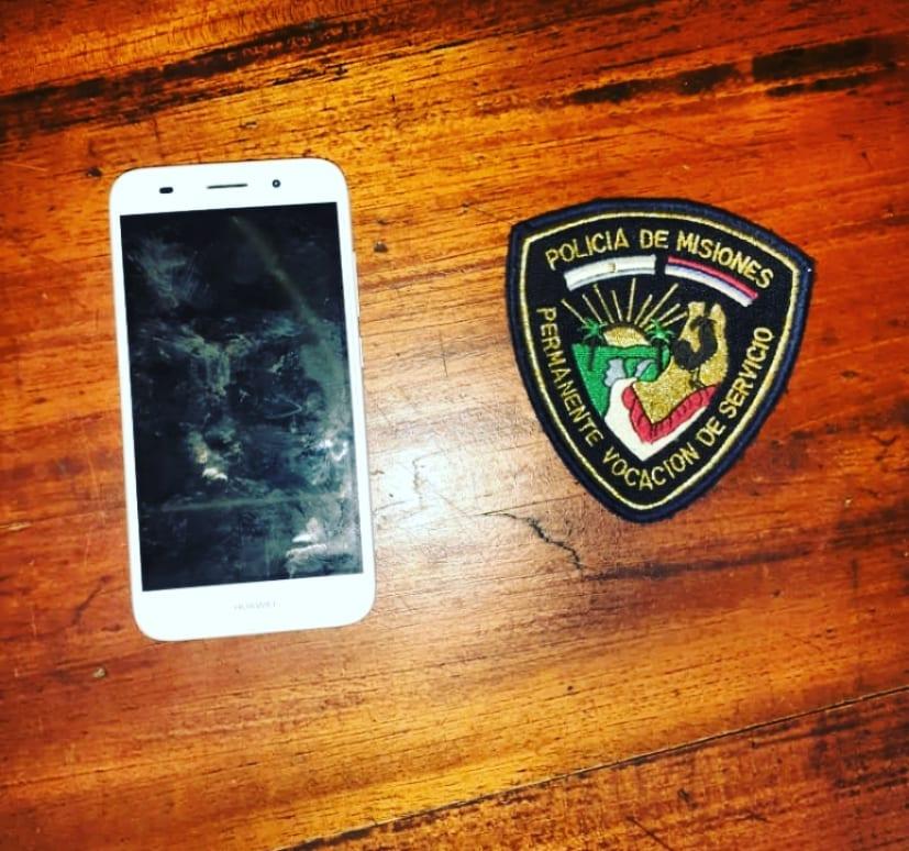 ALEM: Atraparon a un hombre por sustraer un celular de una cafetería